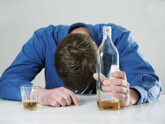 Злоупотребление алкоголем: симптомы и последствия алкоголизма